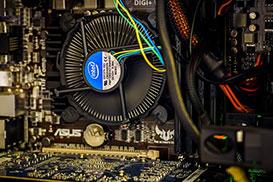 CPUファンのオーバーフォール修理